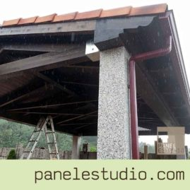 Estructuras de madera sobre estructura de granito. www.paneldecubierta.com