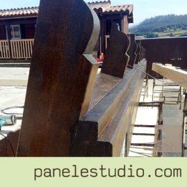 Estructuras de madera. Teñidos y barnices. www.paneldecubierta.com