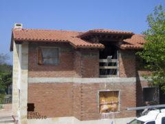 Cubierta de vivienda con panel de madera BICAPA para forjado perdido con acabado decorativo. Vivienda.
