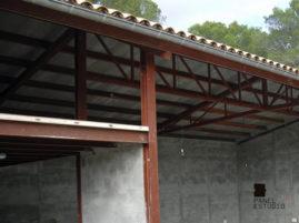 Panel de madera TRICAPA para entreplanta aligerada con acabado decorativo. Nave almacén.