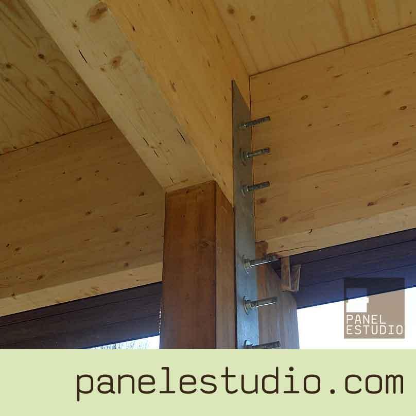 Estructuras de madera vigas montaje de cubiertas for Tejados vigas de madera