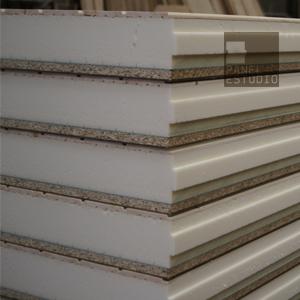 Panel de madera para cubierta friso abeto natural.