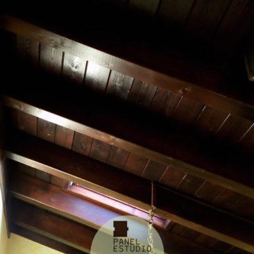 Precio m2 panel sandwich de madera para cubiertas for Tejados de madera rusticos