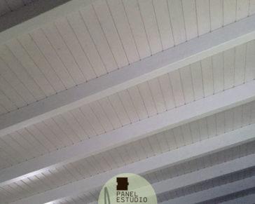 Paneles de madera con n cleo aislante for Aislante para tejados