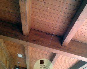 Paneles de corcho como núcleo aislante de los paneles de madera. Sevilla paneles madera.
