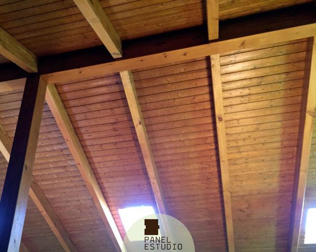 Techos de madera interiores en panel abeto paneles de - Madera para techos interiores ...