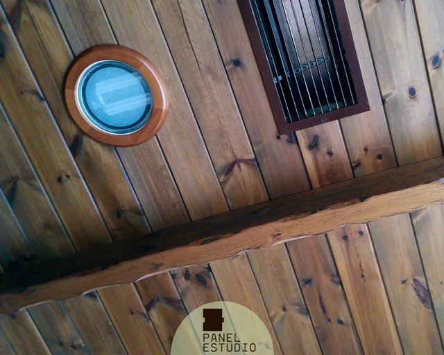 Techos de madera r sticos con aislamiento t rmico paneles de madera con n cleo aislante - Madera aislante termico ...