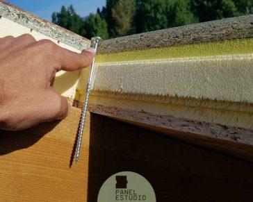 Tornillo panel madera.